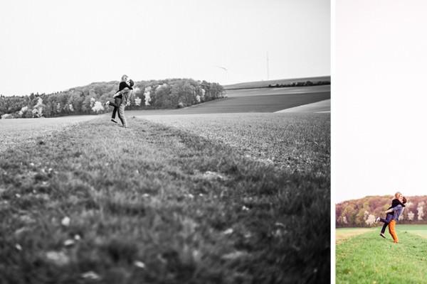 Engagement Shooting zwischen Bäumen und Wiese - Fotograf Würzburg