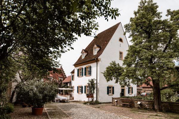 Freie Trauung in der Villa Sommerach