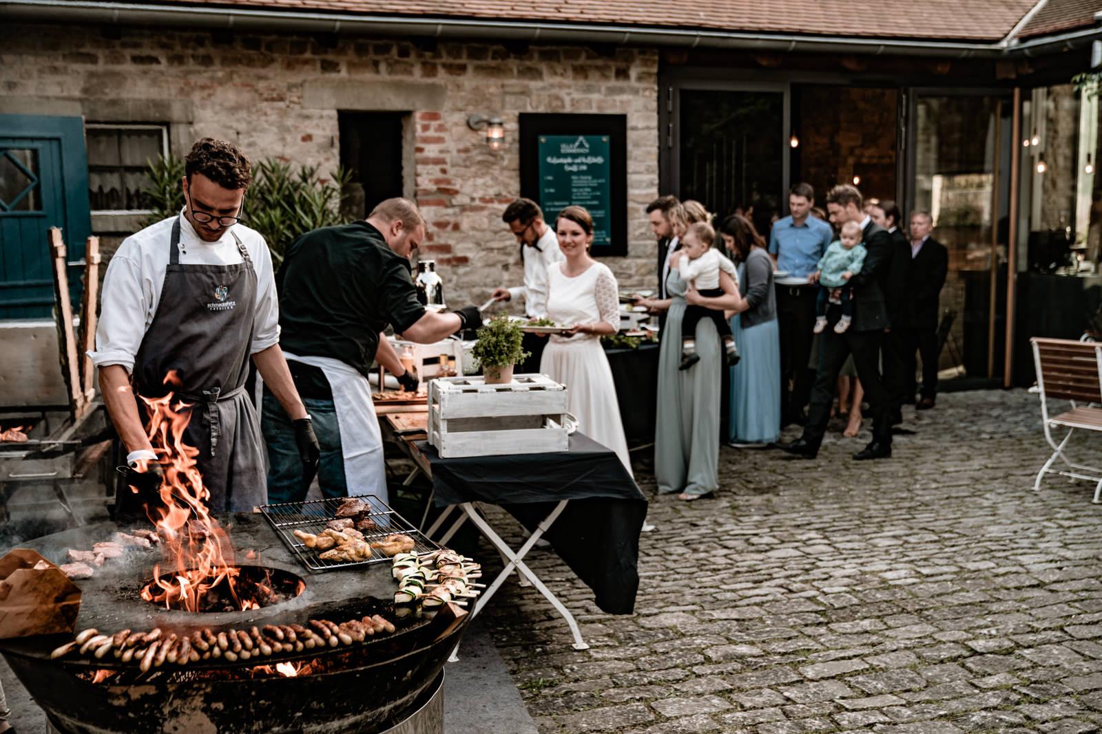 Schmackofatz Catering bei einer Hochzeit in der Villa Sommerach bei Würzburg
