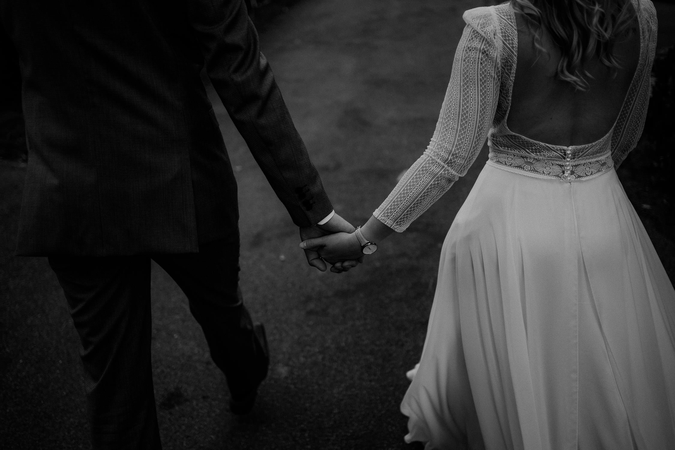 Portrait des Brautpaares in Schwarz Weiß. Fotografiert von Hochzeitsfotograf Axel Link